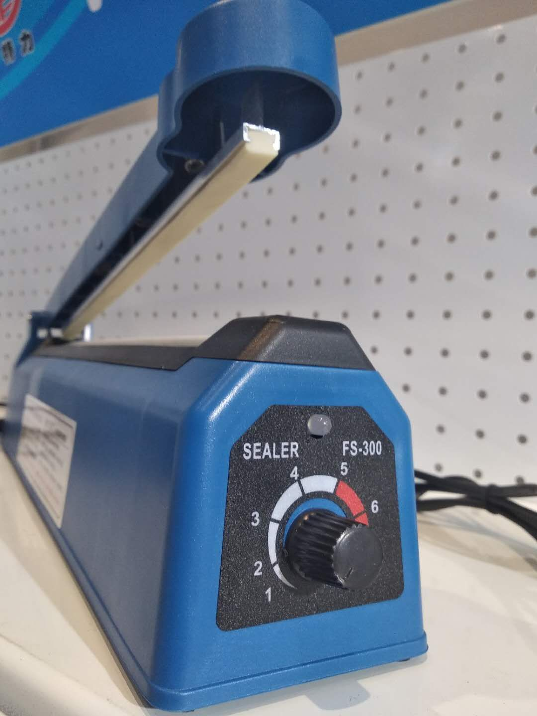 <strong>Hand Impulse Heat Sealer Sealing Bag Table Machine PFS-300</strong>